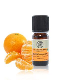 L'Huile essentielle Orange douce zeste bio est incontournable en diffusion, elle est à juste titre reconnue pour ses bienfaits calmant et apaisant 100% pure