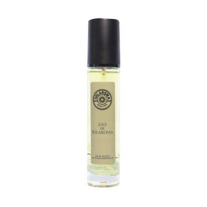 Eau de Solaroma est la star de la collection, vive et lumineuse son doux parfum citronné convient aux hommes comme aux femmes. Eau de toilette.