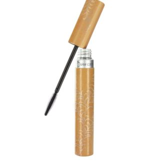 Nouveau Mascara Backstage noir marque Couleur Caramel et sa brosse en silicone en forme d'ogive. Adapté aux Véganes; pour un regard de braise garanti.