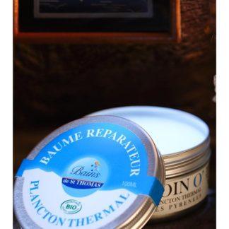 Baume Bio réparateur idéal pour hydrater les zones sèches du visage, du corps et également sur les pointes des cheveux abimés. Beurre de Karité Bio