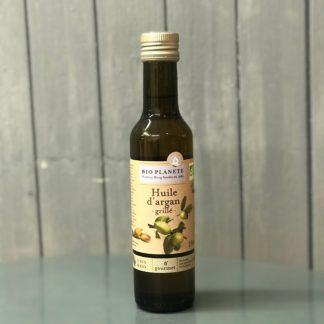 L'Huile d'Argan grillé va relever la saveur de vos plats d'un parfum typé de noisette aussi bien de vos légumes cuits que des salades vertes-Bio Planète-