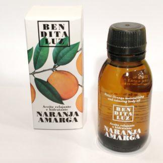 Huile de massage hydratante et relaxante à l'orange amère de Séville. Label Cruelty-free pour un produit sans cruauté envers les animaux. Epiderme régénéré, hydraté et une peau éclatante après le massage.